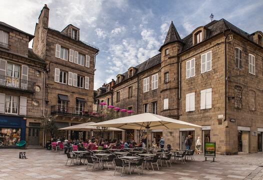 Brive la Gaillarde (Corrèze, France) - Place Latreille