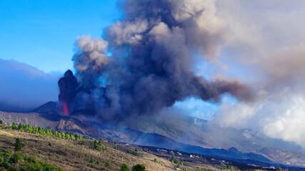 Fototapeta Volcanic eruption in La Palma  obraz