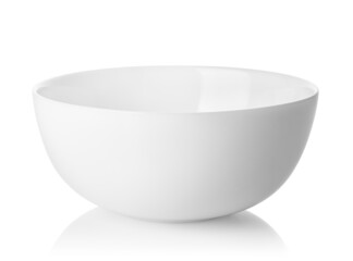 Obraz clean empty white ceramic bowl isolated with clipping path - fototapety do salonu