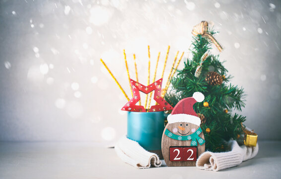 Snowman with number of new year