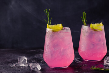 Obraz Refreshing pink drink or cocktail with ice - fototapety do salonu