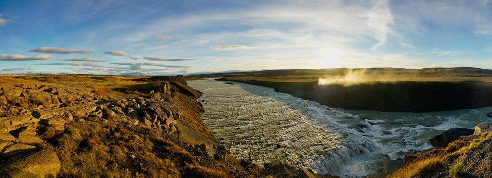 Oberer Gullfoss-Wasserfall in Island