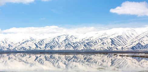Fototapeta nowy mountains and reflection, yuksekova, hakkari obraz